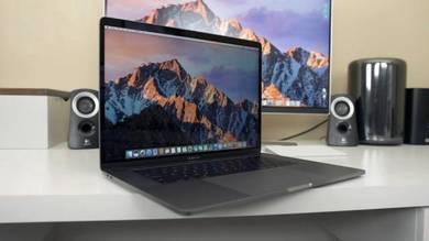 2017 APPLE Macbook PRO (TOUCHBAR) 15 2.9ghz 16gb