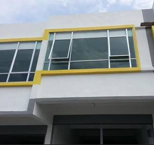 Puncak Alam Shop for Rent