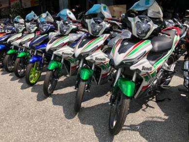 Benelli rsf150 / rsf 150 - year end promotion