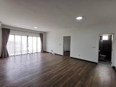 Maya Condo / 1,305 sq ft / Mid Floor / 2 Car Park / Likas / Damai /KK