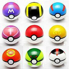 7cm Pokeball with Free Pokemon Toy and Card