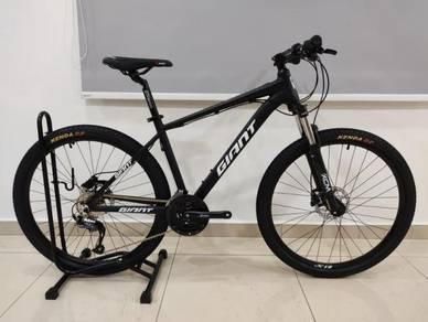 Custom build 27.5er 27 speed Mountain Bike Shimano
