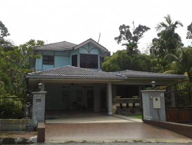 2 storey bungalow house at taman permai jaya, gombak