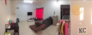 Good Condition Randa Apartment Kota Kemuning Partial Furnished 3r2b