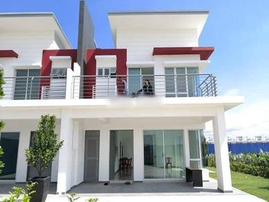 Double Storey Terrace 20' x 70'