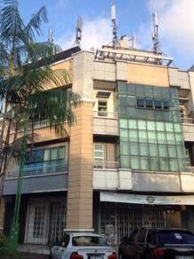 Corner unit- Damansara Aliff