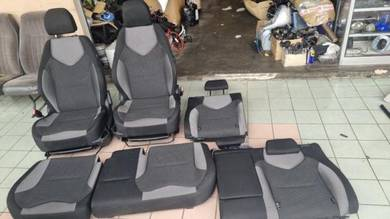 Peugeot 308 turbo seat complete front rear