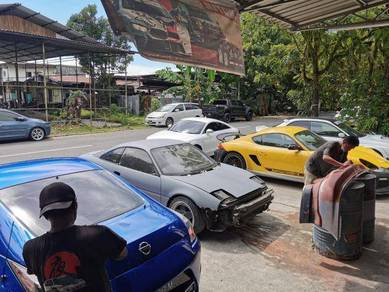 Car Bodykit Specialist Workshop - Midnight Garage