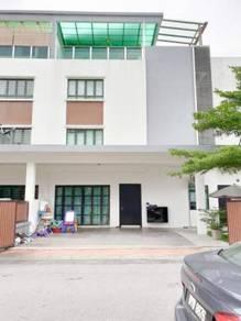 [FACING PLAYGROUND] 3.5 Storey Superlink House Taman Duta Suria Ampang