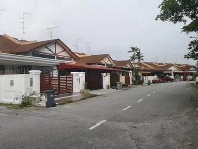 Bukit Indah - Full Loan - 1Storey Nx to bus station - Good Condition