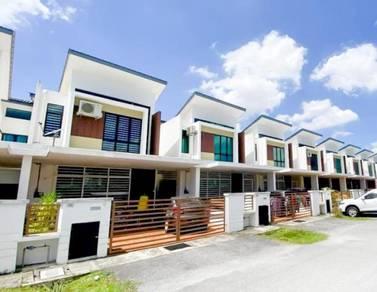 CANTIK! MURAH Double Storey Taman Saujana KLIA (Phase 2) Sepang