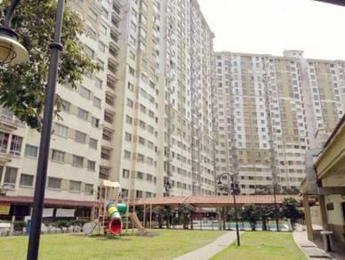 Vista Impiana Apartment, Bukit Serdang, Seri Kembangan