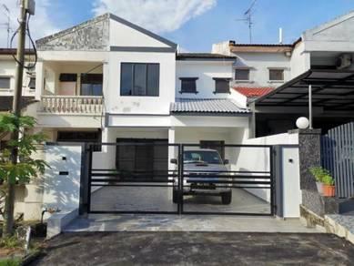 Double Storey Terrace House / Desa Cemerlang / Ulu Tiram