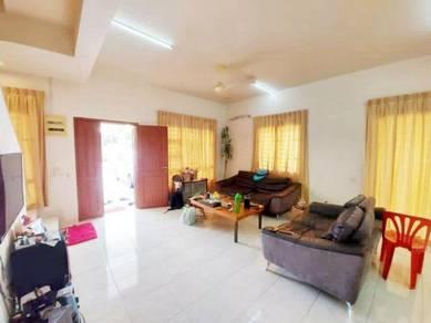 Double Storey Terrace House / Setia Tropika / Kempas Indah