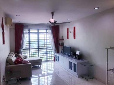 Pulai view luxurious condo ( full loan )