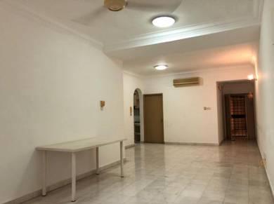 Freehold 3-rooms condo Taman Desa - Tiara Faber (Good condition)