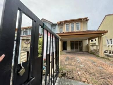 END LOT | FACING OPEN 2 Storey Terrace Putra Permai, Putra Heights