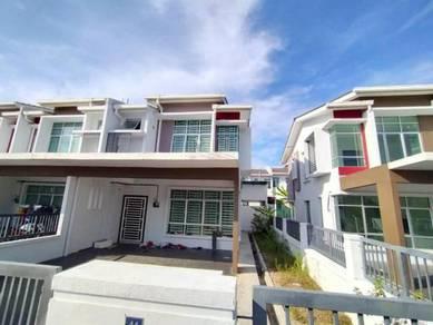 END LOT | RENOVATED 2 Storey Terrace R4B3 Bandar Hillpark EXTRA LAND