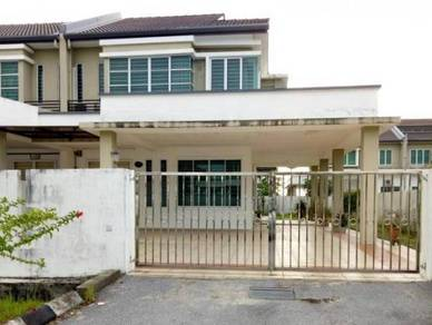 Uni Central Partially Furnished and Extended Spacious House For SALE