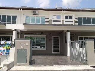 Below market value!!!! Double storey terrace house hill park 2