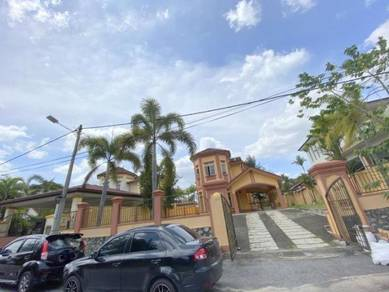 Lavender Heights, Senawang Bungalow, privacy , spacious & peaceful