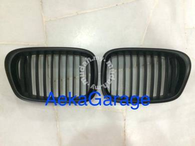 BMW E39 M5 Matte Flat Black Front Kidney Grill