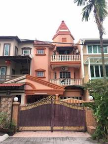 FACING PLAYGROUND. 7R5B. 3 STOREY, Taman Putri Jaya, Cheras