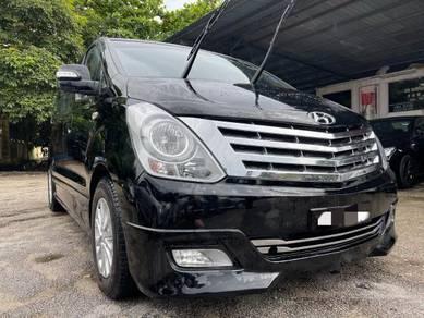 Hyundai GRAND STAREX 2.5 ROYALE PREMIUM (A)-13