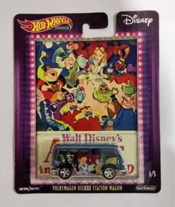 Hot Wheels Disney VW Deluxe Station Wagon