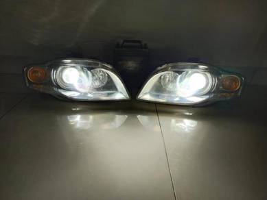 Audi A4 b7 hid projector head lamp original pair