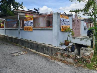 Desa Jaya, Kepong, Corner (Limited Duo keys separate TNB and Water )