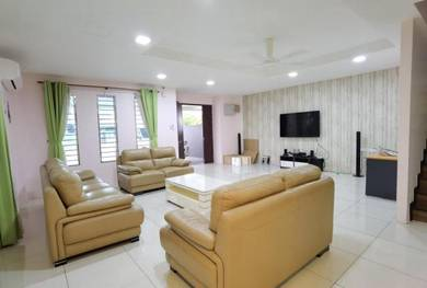 Fully Furnished Well Maintained Gated Guarded Taman Laman Hijau