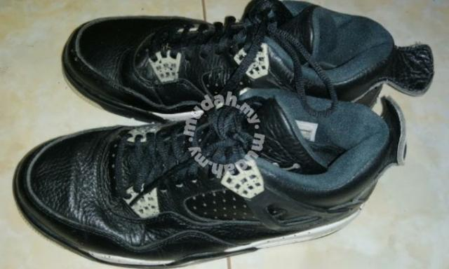 premium selection c7a3b a19c7 Nike air jordan 4 retro oreo