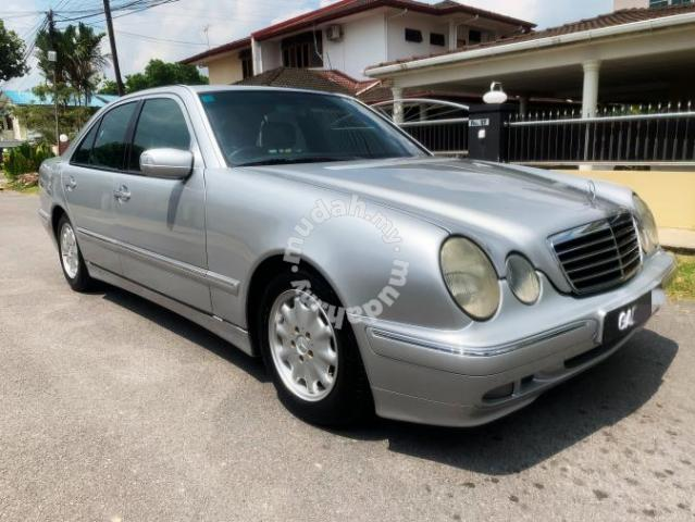 1996 Mercedes Benz E200 2.0 (A) - Cars for sale in Kuching, Sarawak