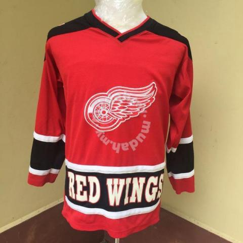 premium selection 01eaa 6597f Detroit Red Wings Jersey Size XL - Clothes for sale in City Centre, Kuala  Lumpur