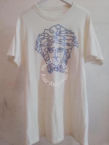 7af23e23 VERSACE DIAMOND SWAROVSKI t shirt baju baru tshirt - Watches & Fashion  Accessories for sale in Gombak, Kuala Lumpur