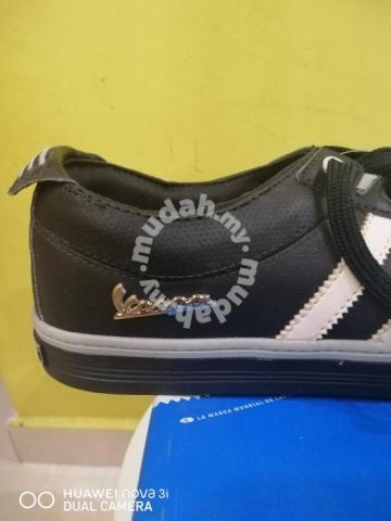 buy online 44c42 46ce0 Adidas vespa - Shoes for sale in Kuala Terengganu, Terengganu