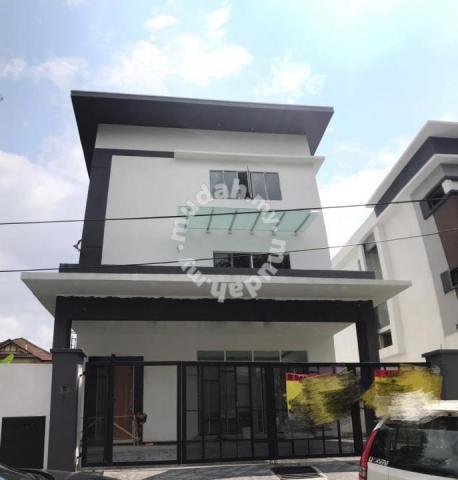Modern Design 3 Storey Bungalow House Desa Country Homes Rawang