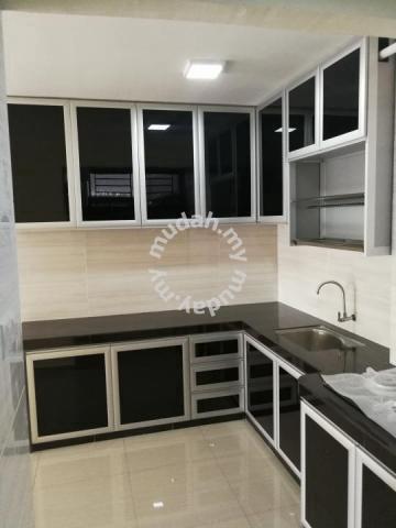 Kabinet dapur aluminium furniture decoration for sale for Furniture dapur