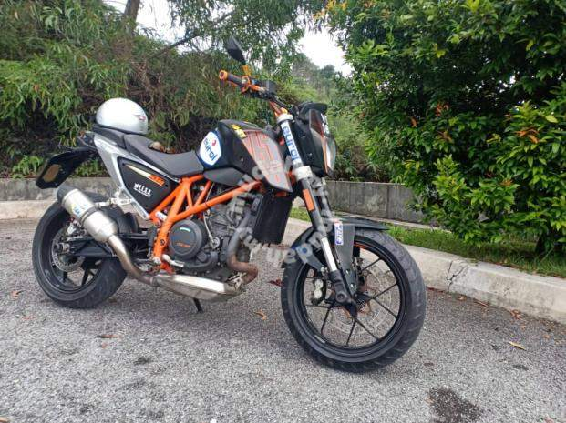 Ktm 690 Duke Abs 2013 Direct Owner Motorcycles For Sale In Seri