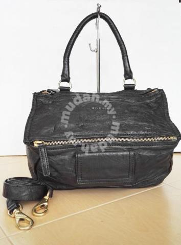GIVENCHY pandora crinkled texture handbag kueii - Bags   Wallets for sale  in Kulim d18a4b615e621