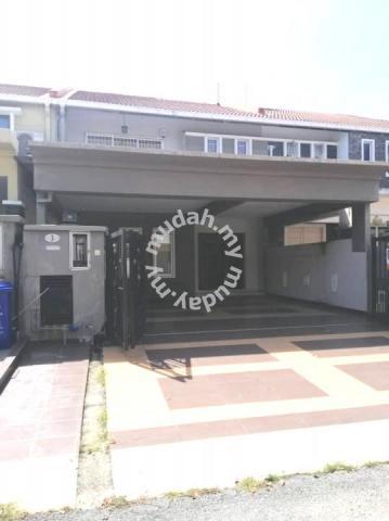 Big Size Renovated Double Storey Laman Seri Seksyen 27 Shah Alam Houses For Sale In Shah Alam Selangor