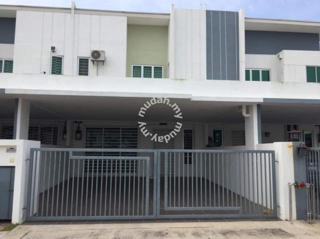 Double Storey for Rent Starting September 2019 - Bandar Sri Sendayan -  Houses for rent in Seremban, Negeri Sembilan