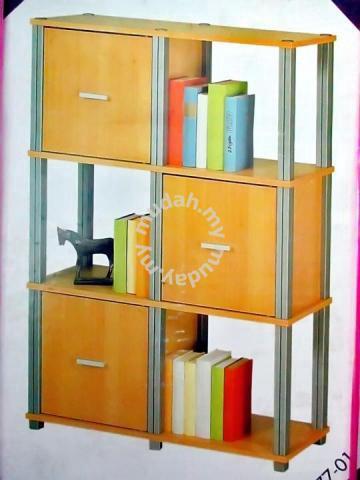 Brand New Polystep Portable Cabinet Bookshelf