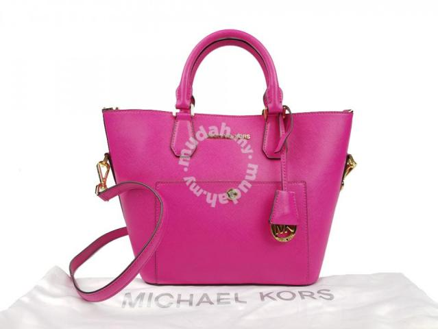 89b2aefec95707 Michael Kors Greenwich Saffiano Leather Satchel - Bags & Wallets for ...