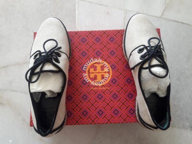 23cc1603b79 Tory Burch Women s Fawn Oxford Espadrille - Shoes for sale in Bandar Damai  Perdana