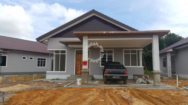 Rumah Banglo Cantik 4bilik Pekan Bukit Payung Marang Houses For In Terengganu