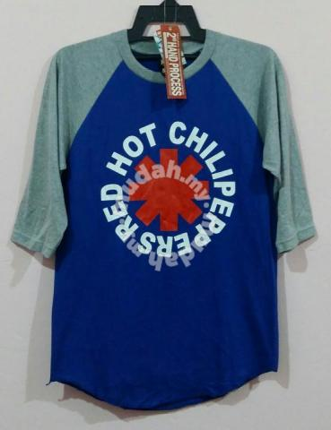 Rare design Tshirt band Red hot chili peppers - Clothes for sale in Ampang 17115b03a6