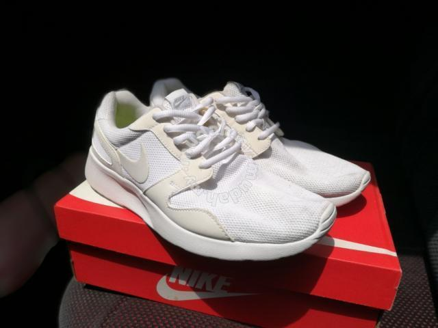 pretty nice 94023 9c928 Nike Kaishi Triple White - Shoes for sale in Shah Alam, .