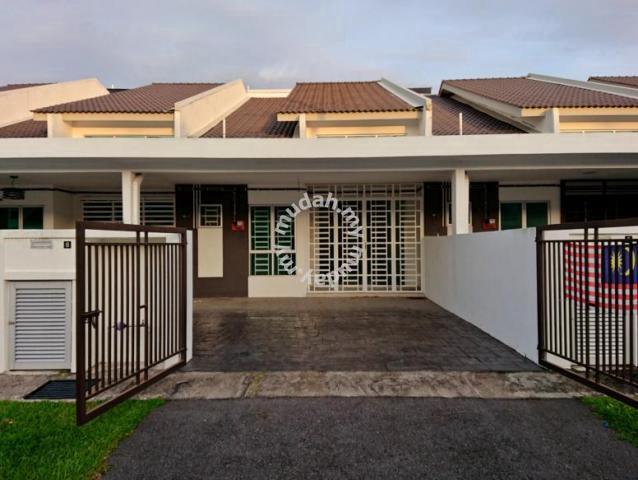 Besar 4bilik Rumah Teres Setingkat Taman Lestari Mewah Dengkil Houses For In Selangor